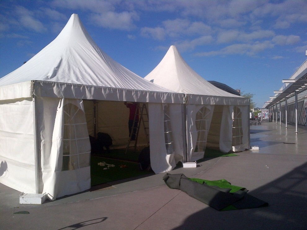 instalacion de carpas para road shows